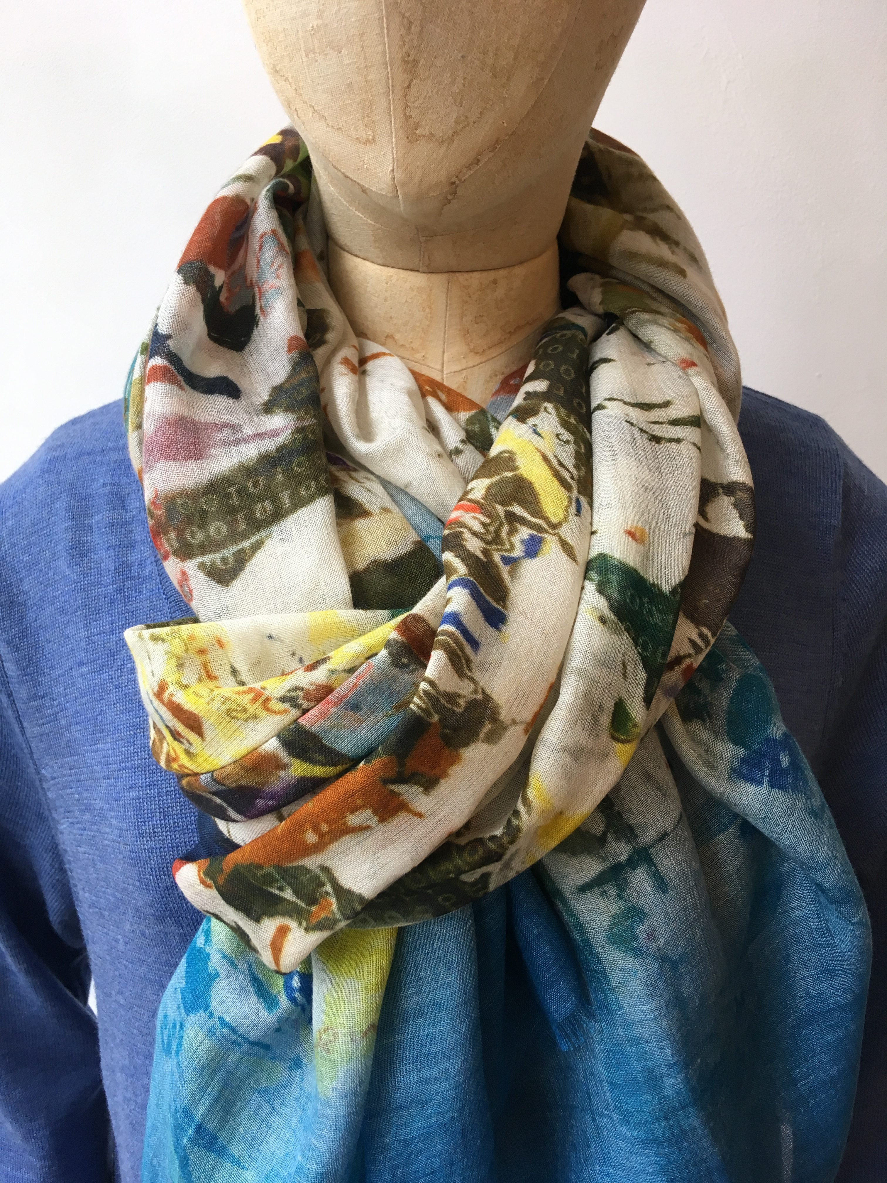 Pazuki Torn Poster Wrap Scarf in Cashmere / Modal