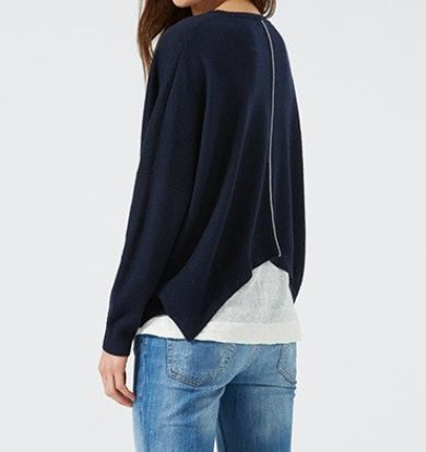 Ille de Coco Cropped Merino Wool Jumper in Navy Blue & Pebble