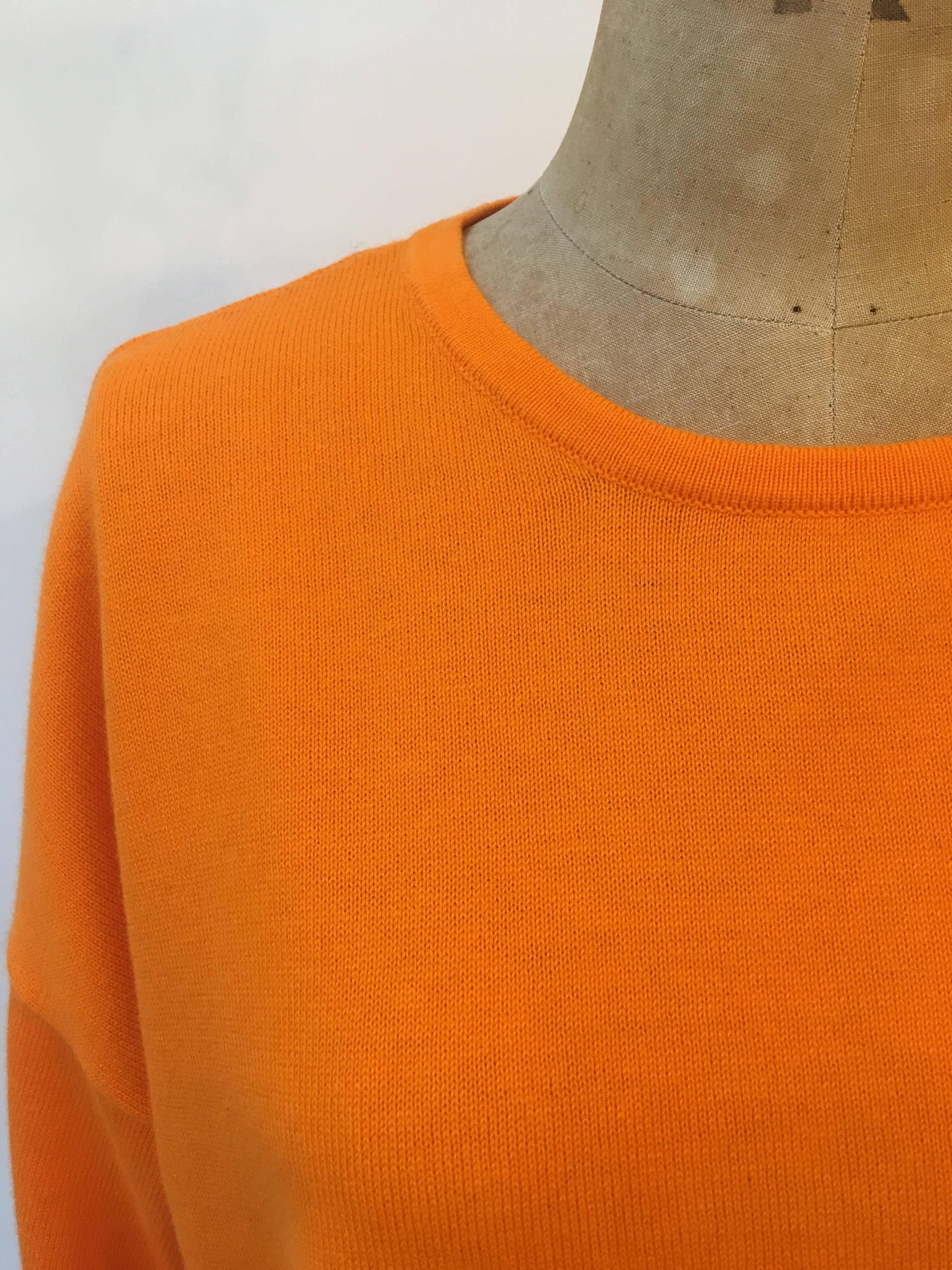 Cash CA Cotton / Cashmere Turn Back Cuff Wide Body Crew Neck Jumper in Tangerine