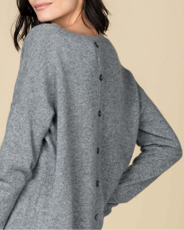 round-neck-cashmere-sweater-louise