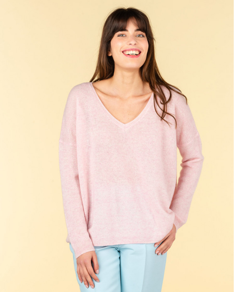 Absolut Cashmere Mercedes V Neck Jumper in Poudre Chine – SOLD OUT